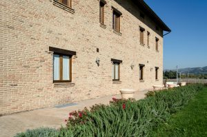 Assisium-agriturismo-esterno-4-
