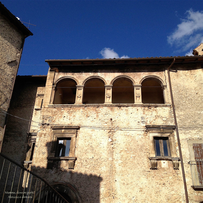 Casa del Capitano, Palazzo Rinascimentale e Santo Stefano di Sessanio