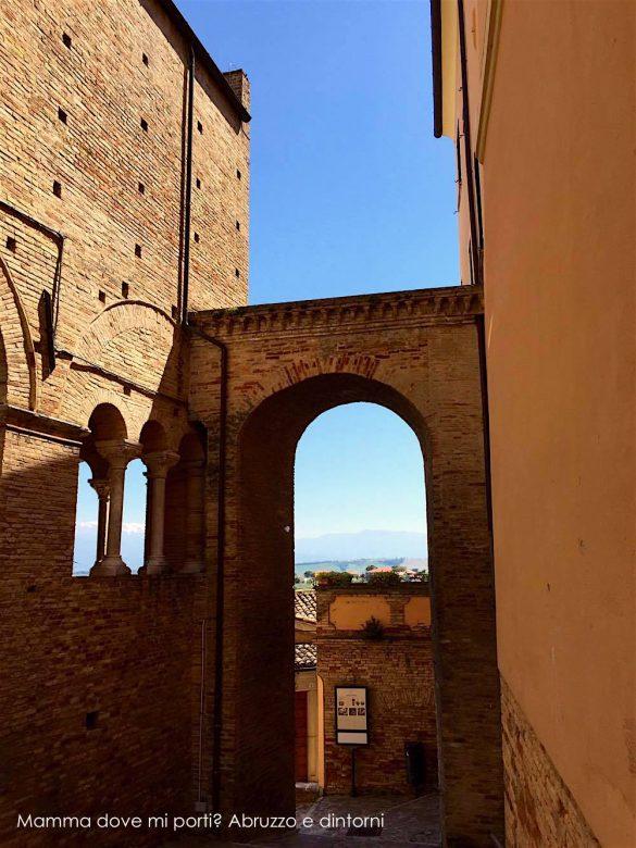 Ti porto…a vedere No Man's Land a Loreto Aprutino (Pe) | Mamma dove mi porti? Abruzzo e dintorni