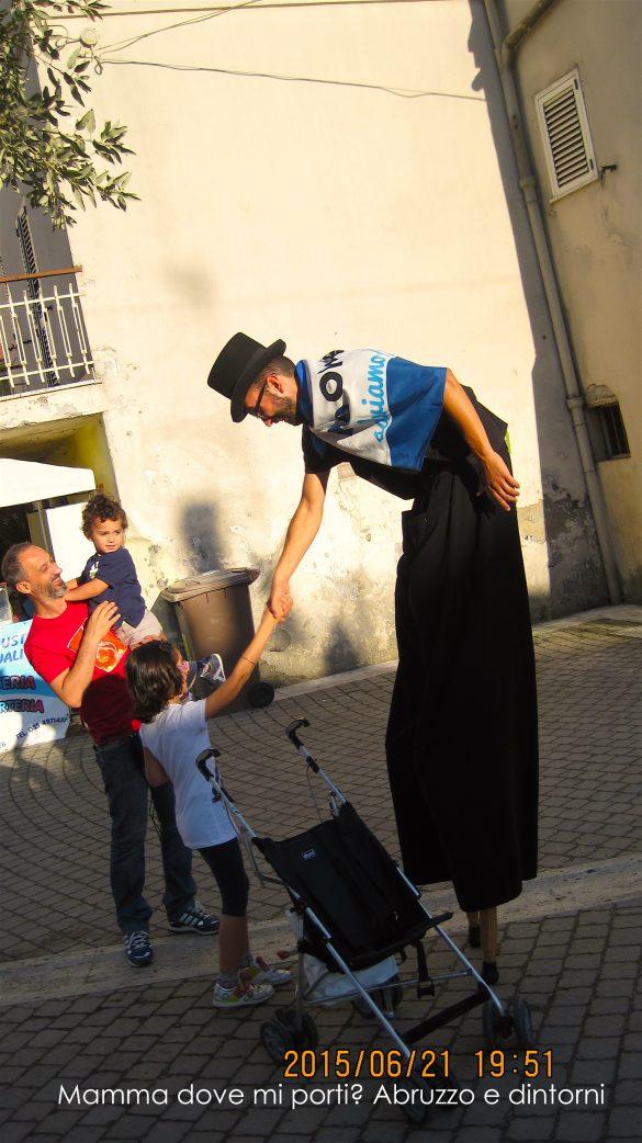 Stra' Festival degli Artisti di Strada a Collecorvino (Pe) | Mamma dove mi porti? Abruzzo e dintorni