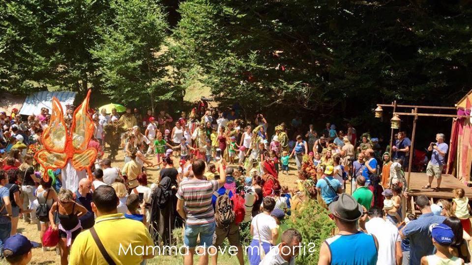 Danza dell'Amicizia Festa degli Gnomi