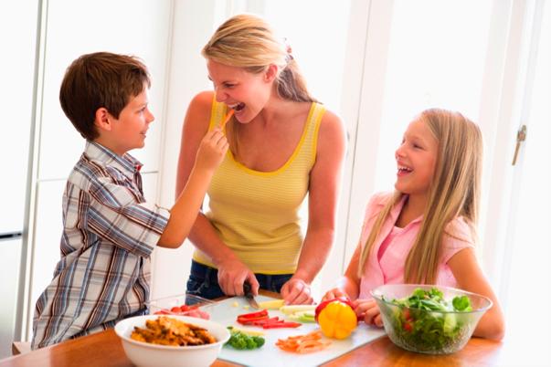 Obesità Infantile-Obesity Day - Mamma dove mi porti? - Maria Merletti