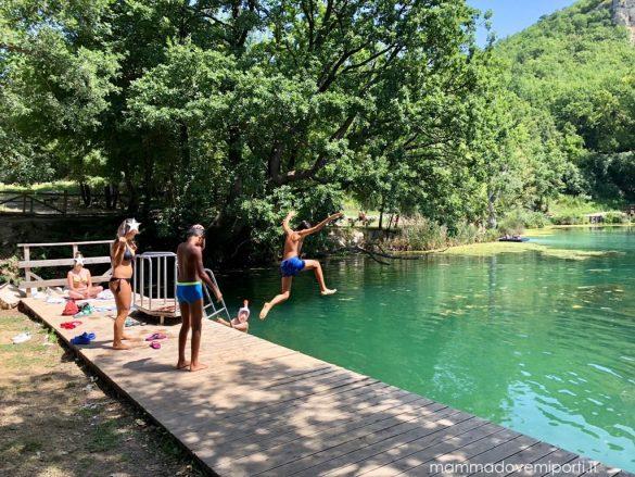 Lago di Sinizzo con bambini: bagni, grigliata e relax!