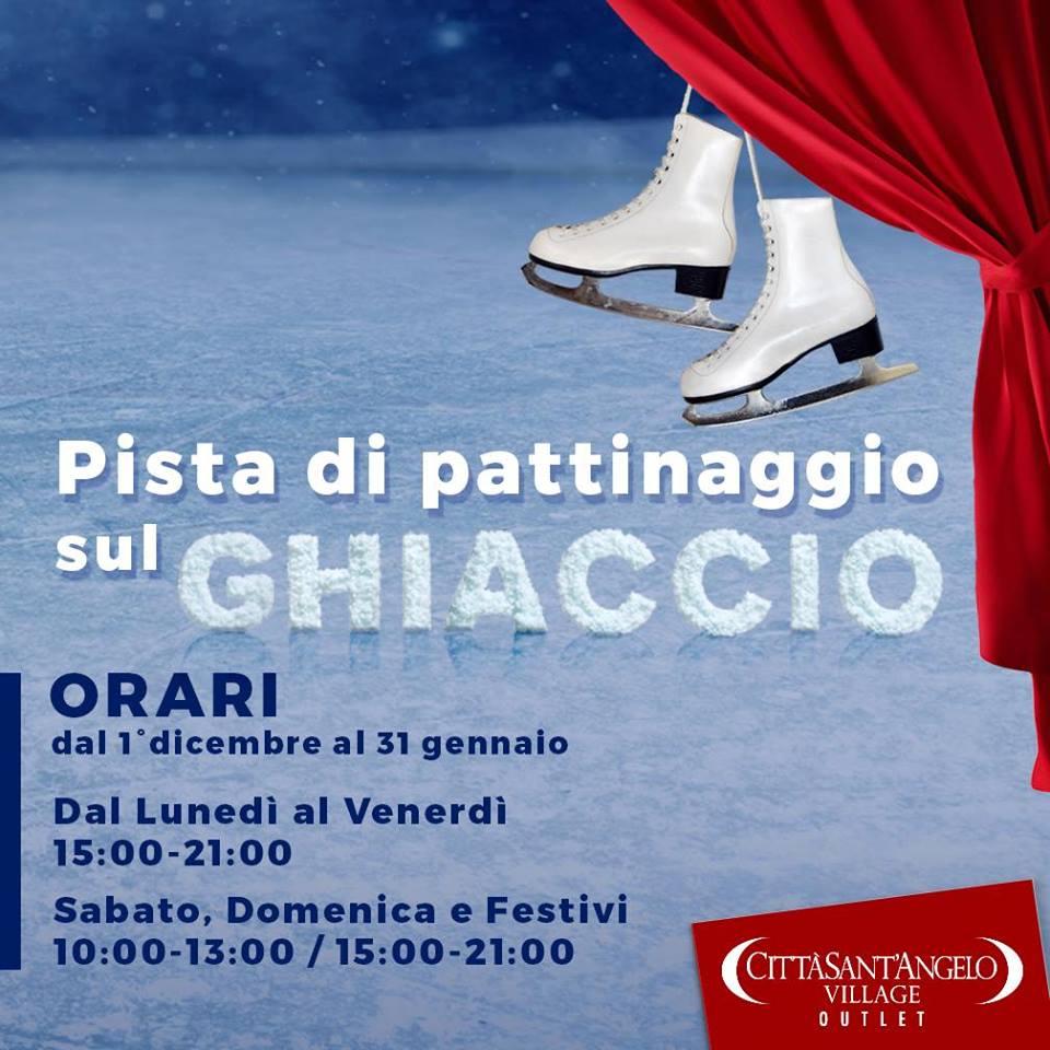 Piste di pattinaggio su ghiaccio in Abruzzo Natale 2018 - Piazza Azzurra - Città Sant'Angelo Village- Città Sant'Angelo - Pescara