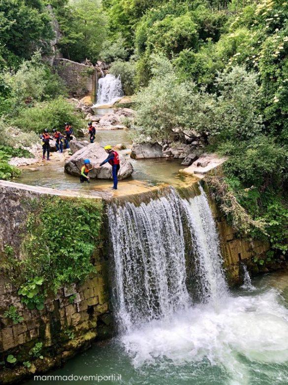 Cosa fare a Palena con i bambini: torrentismo, escursioni, castello e orsi