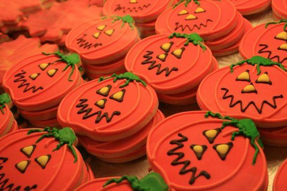 Biscotti-di-Halloween-con-gli-oli-essenziali-Tuttinfascioteca-San-Giovanni-Teatino-Chieti