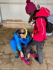 eliciaspolata a roccaraso misurando le ciaspole