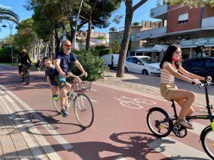 Mare in Abruzzo con bambini: Tortoreto la pista ciclabile sul lungomare
