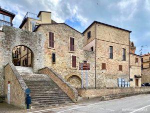Il borgo di Tortoreto Alto