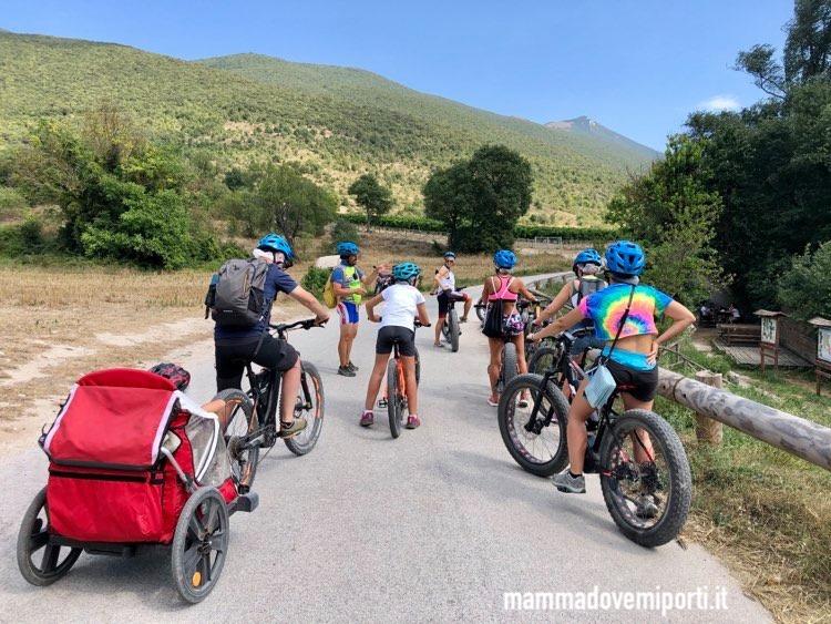 Partenza per l'escursione in e-bike con Il Bosso