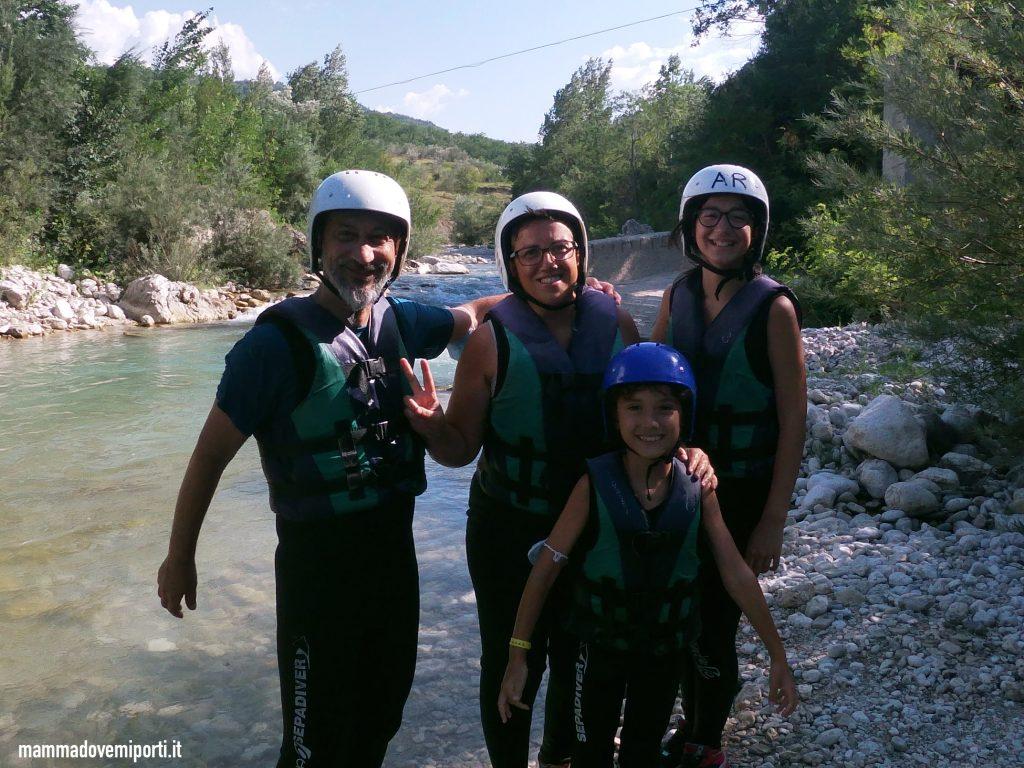 Si comincia con il Rafting per famiglie in Abruzzo