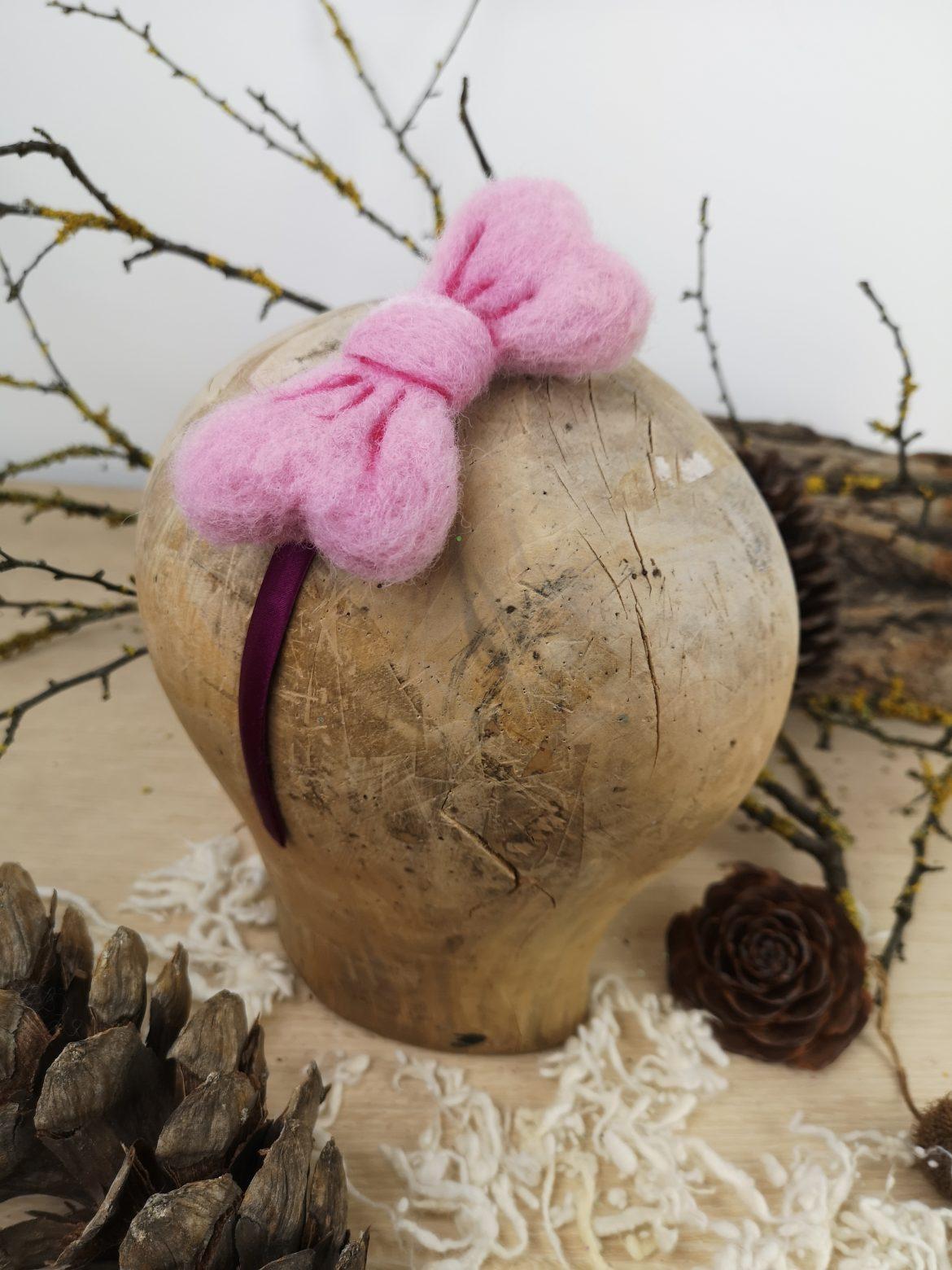 Regali di Natale 2020: idee regalo di Sogni di Cinzia, cerchietto per bimba decorato con fiocco