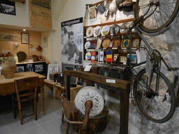 Museo contadino e delle migrazioni della Valle del Trigno di Fresagrandinaria-Reperti vita contadina