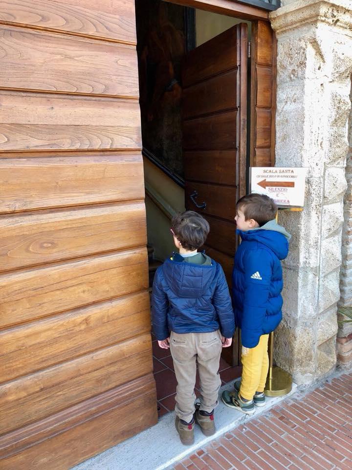 Visita alla Scala Santa di Campli con i bambini