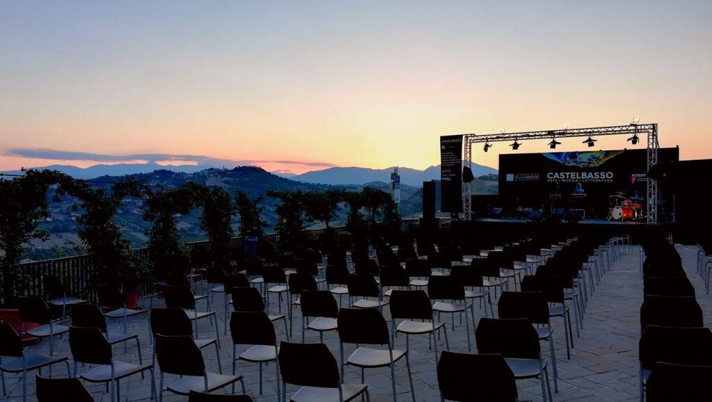 Borgo di Castelbasso si preparara ad ospitare il concerto