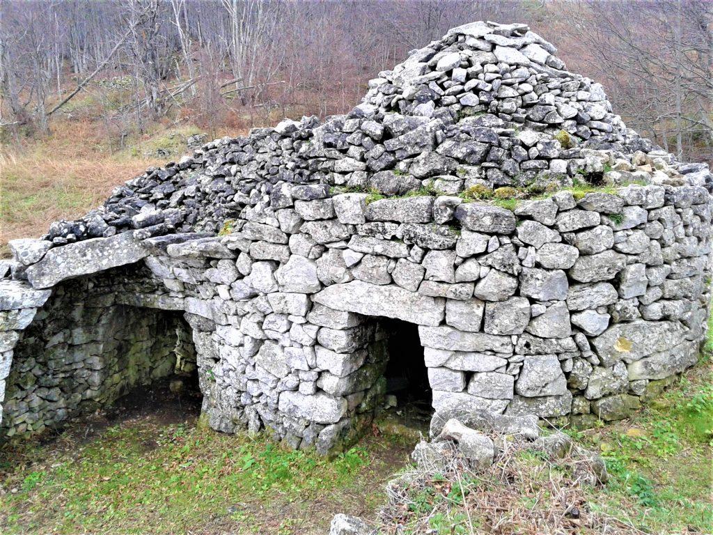 Casa in pietra dei pastori sulla Maiella